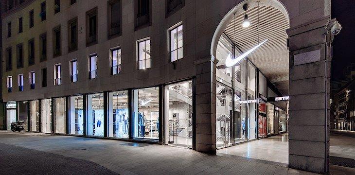 Nike Store via agnelli negozi nike milano